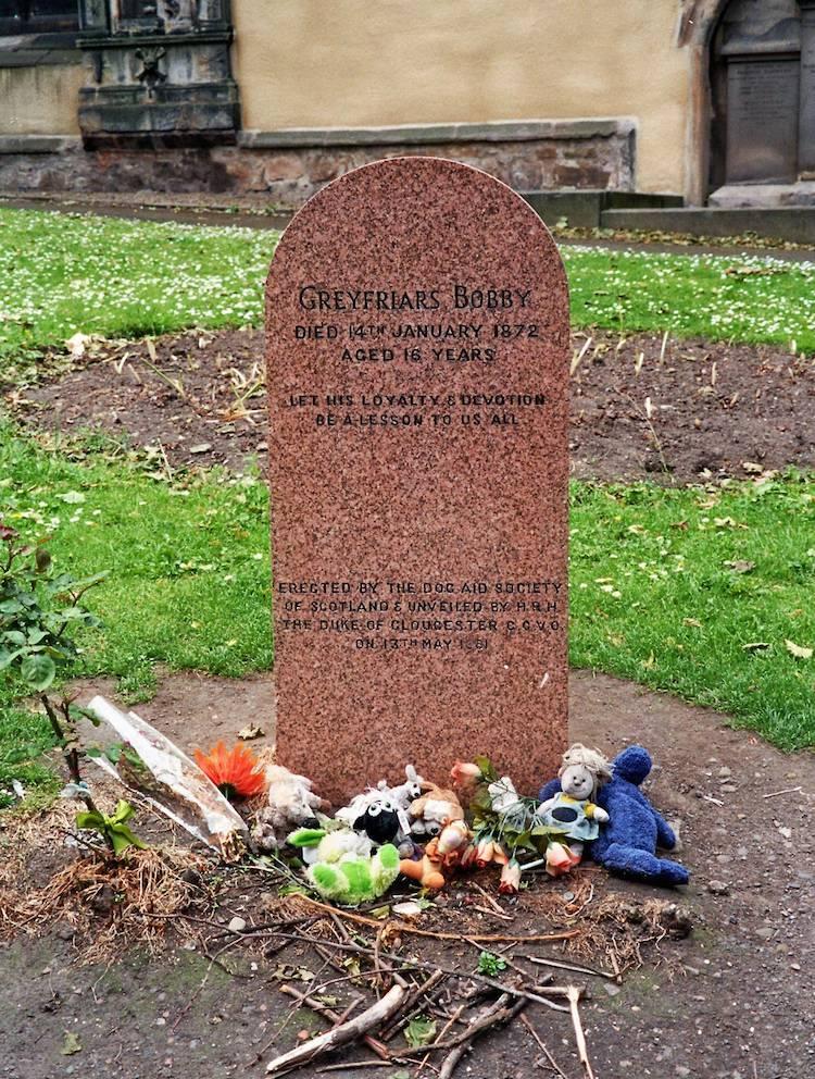 Bobby Dog Edinburgh Grave