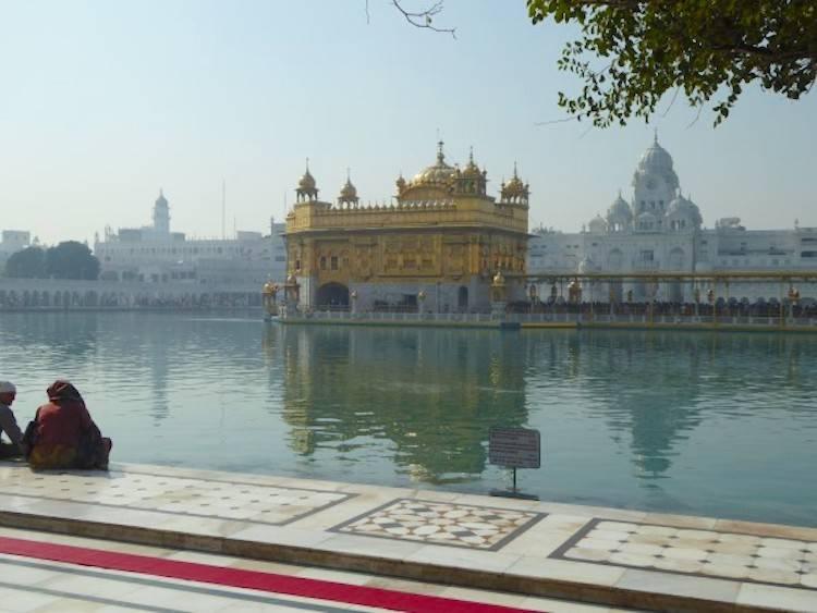 Harmandir Sahib Walkway Golden Temple Amritsar