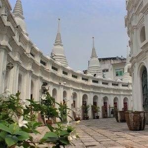Wat Prayoon Bangkok temples