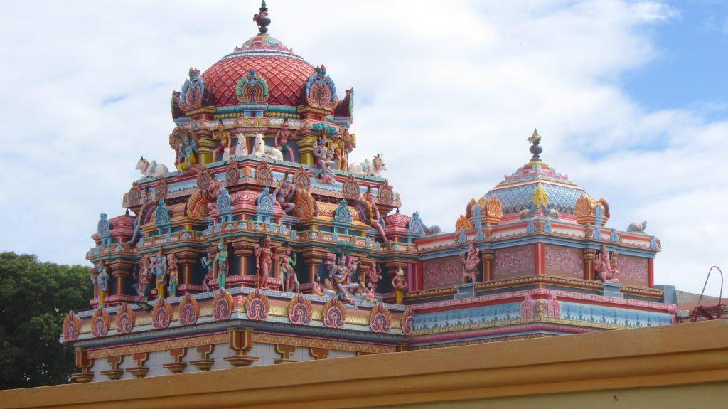 Sockalingum Meenatchee Ammen Kovil temple roof