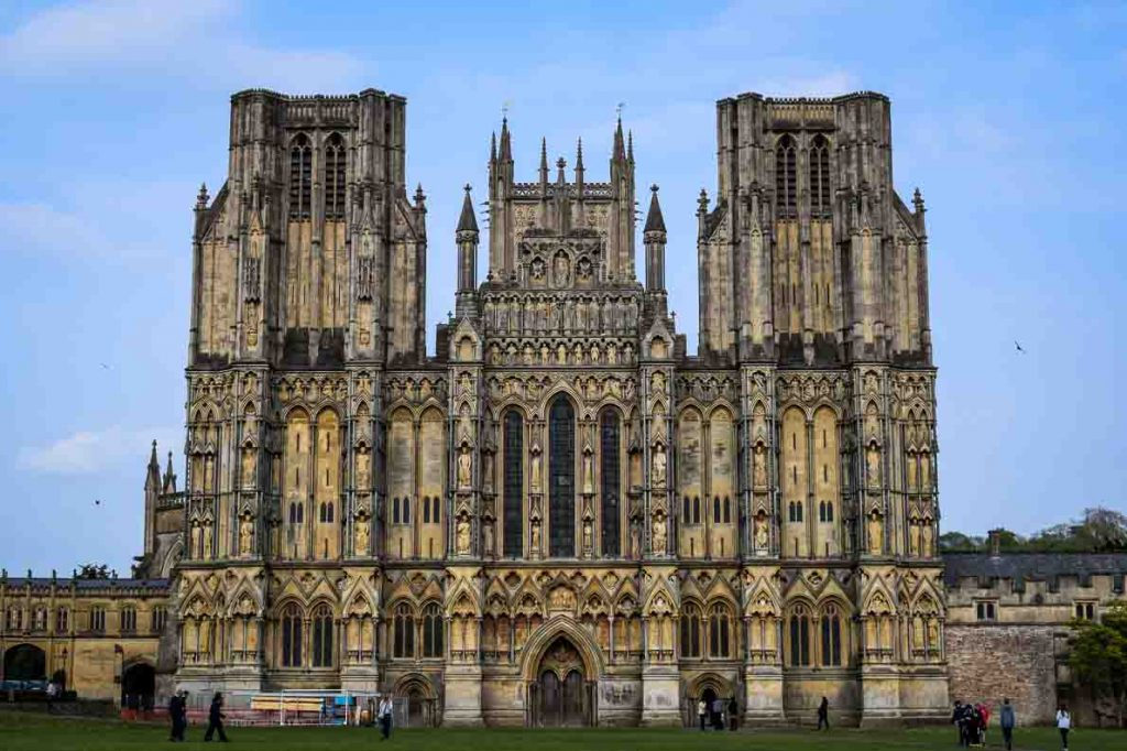 English Cathedral Cities - Wells Cathedral