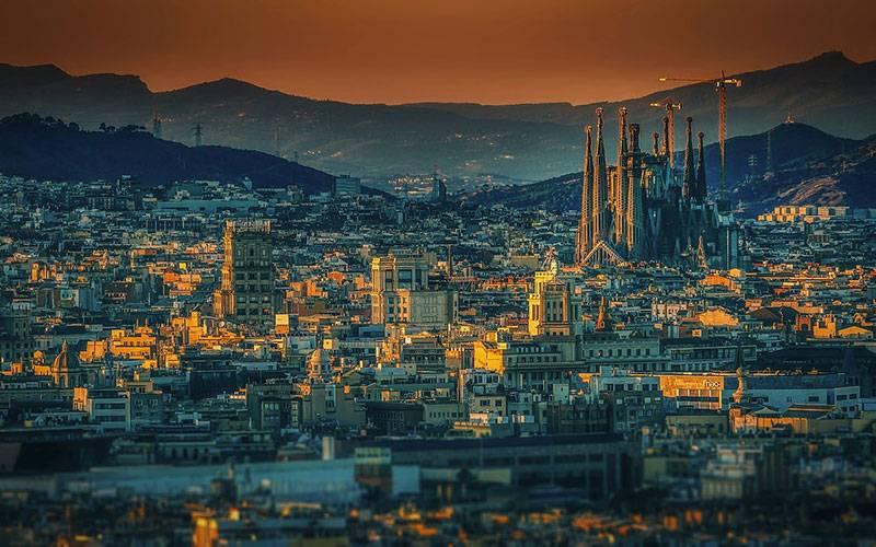 Top 5  BarcelonaTravel Tips