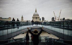 Solo Female Travel London – Is London safe for a Woman to Travel Alone?