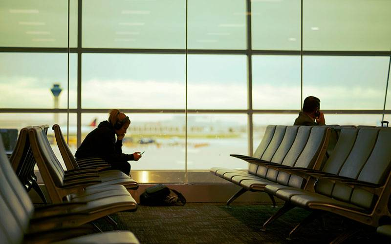 Alone in Airports? 5 Things to do!