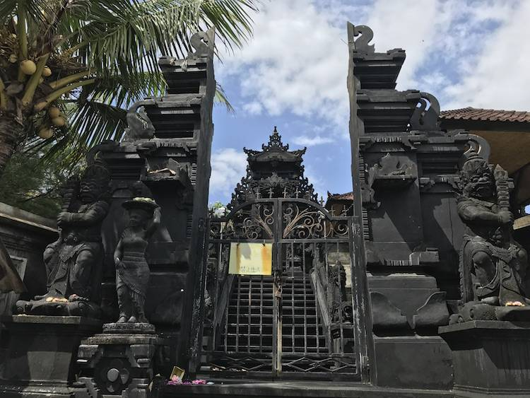 Best Temples in Bali - Tanah Lot Gate