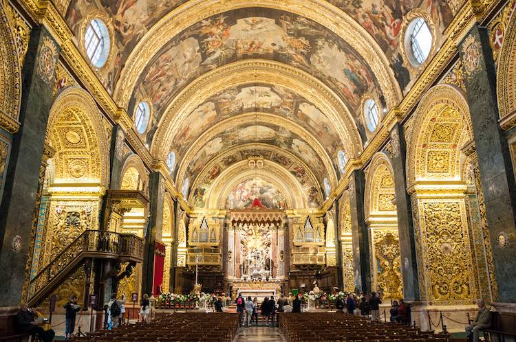 Be amazed by the beautiful Catholic CoCathedral of Valletta