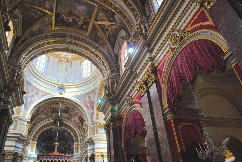 Inside St Pauls Cathedral Mdina
