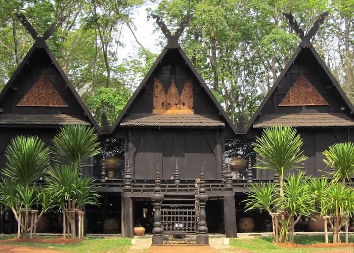 Black House Chiang Rai – The Weird and Wonderful Baandam Museum