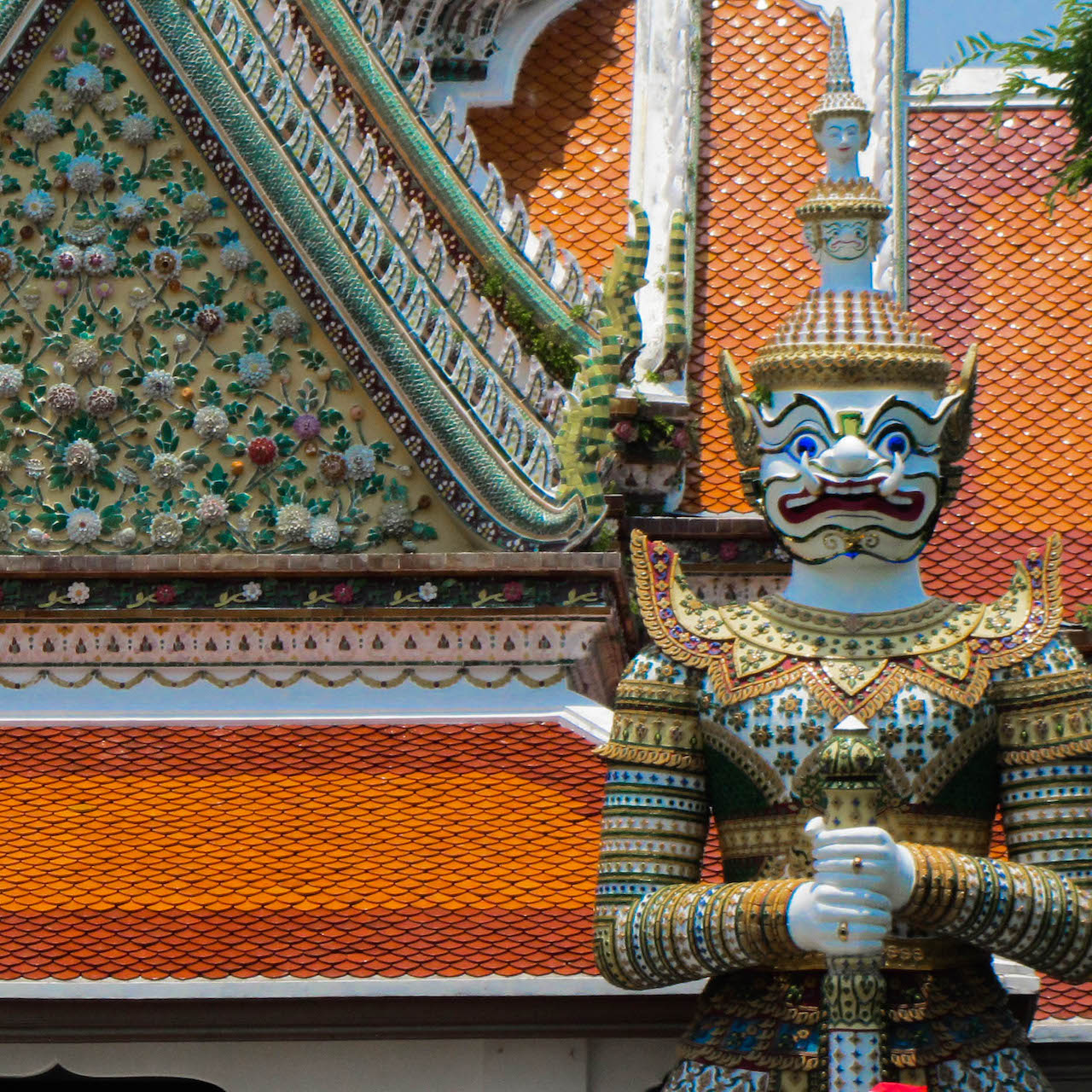 White Yaksha Wat Arun