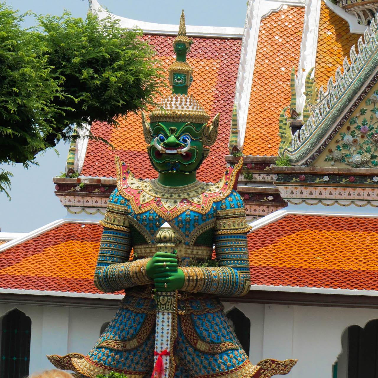 Bangkok temple Yaksha Wat Arun