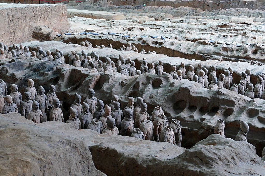 Terracotta warriors in Pit 1 - Xian tours