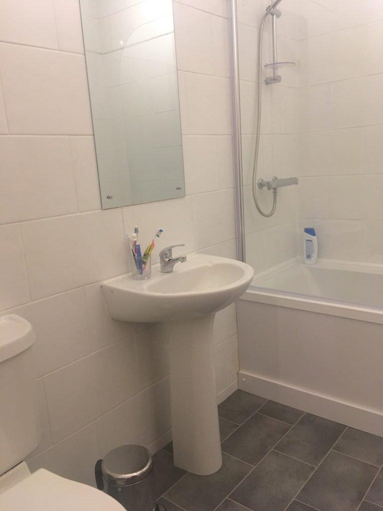 Air BnB Bathroom