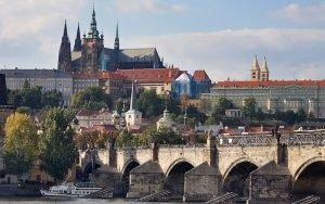 Walking Tour Prague with Fruit Hostels