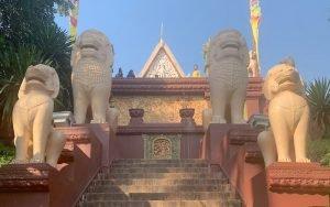 Wat Phnom – The Highest Temple in Phnom Penh